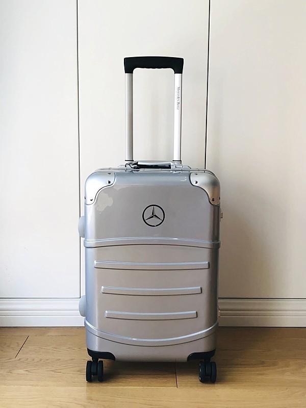 高級※Mercedes-Benz ※アルミフレーム・軽量/超静音・オリジナル・スーツケース/キャリーケース/機内持ち込可/20インチ※シルバー