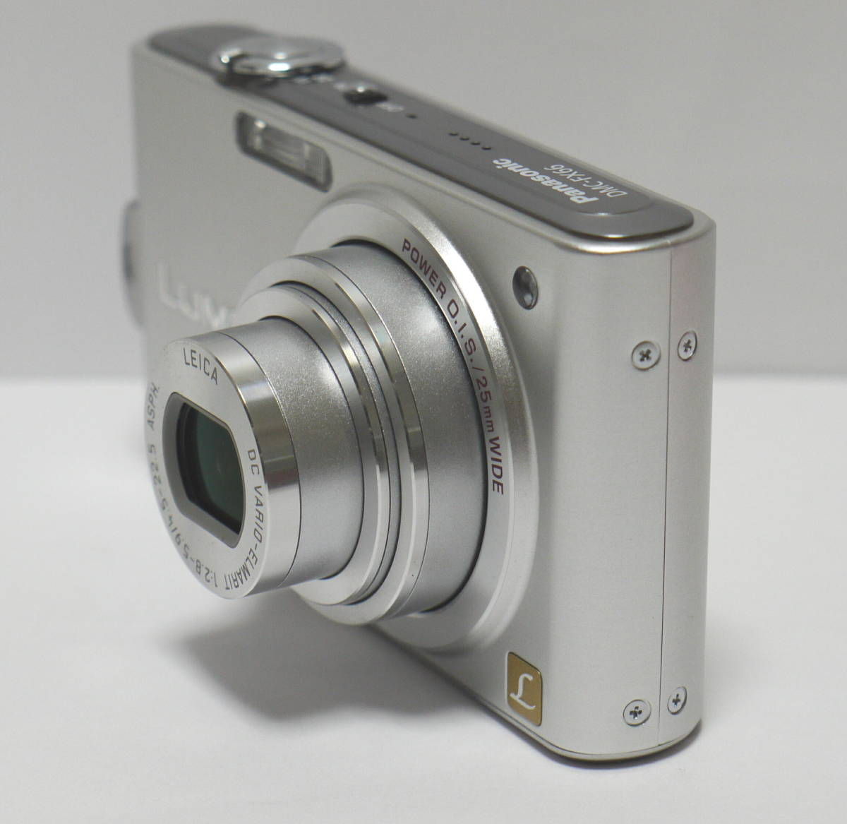 PANASONIC パナソニック デジタルカメラ 1410万画素 LUMIX  DMC-FX66 動作・美品 バッテリー DMW-BCF10付_画像5