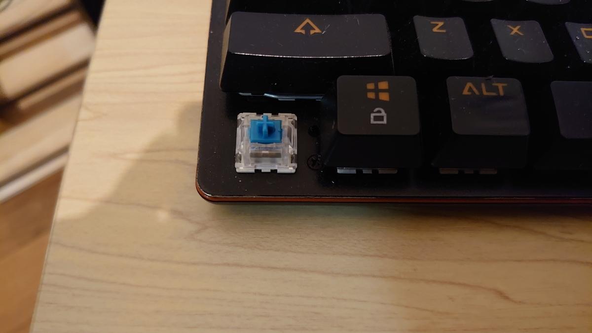 【送料無料】メカニカルキーボード 青軸_画像2