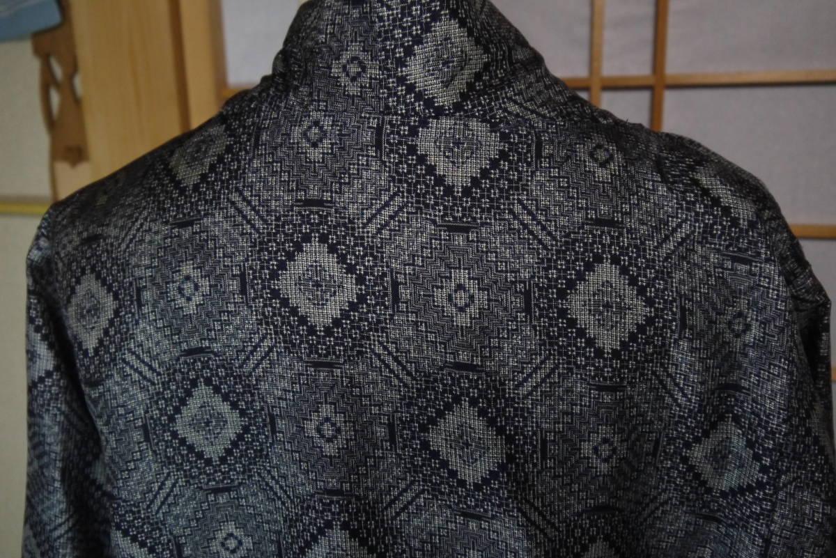 ★  D&C着物リメイク・カーデコート・絹・手織り大島紬・丸紋 ★_画像4