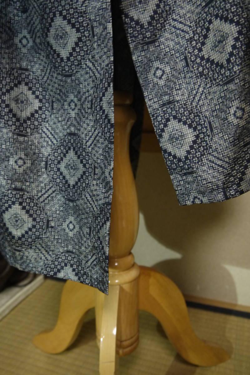 ★  D&C着物リメイク・カーデコート・絹・手織り大島紬・丸紋 ★_画像6