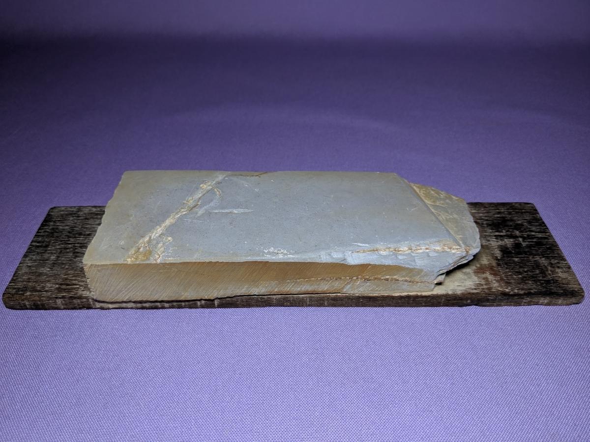 古い砥石 13 天然砥石 砥石 天然石 研磨 研ぎ 詳細不明 要検証 整理品