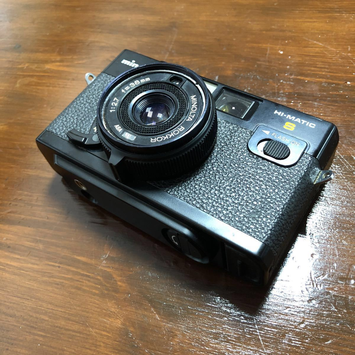 レトロ Minolta ミノルタ HI-MATIC F ブラック 黒 ROKKOR 1:2.7 f=38mm フィルムカメラ 現状品