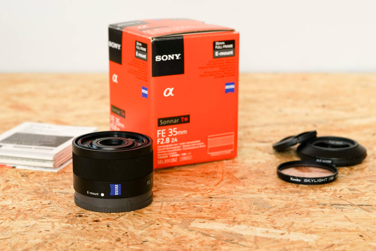 SONY SEL35F28Z Sonnar T* FE 35mm F2.8 ZA  元箱など付属品一式_画像4