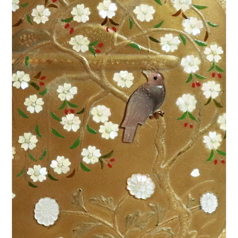 時代 芝山蒔絵 表花鳥裏波千鳥文 置平目地 印籠 時代髑髏形/獅子牡丹刻文根付付_画像4