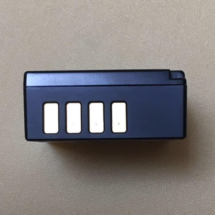 【純正品・美品・送料無料】FUJIFILM 充電式バッテリー NP-W126S★X-T3 ・X-T2 ・ X-T1 ・X-T30・X-T20・X-T10・X-T100・X-A5・X-A3等 _画像3