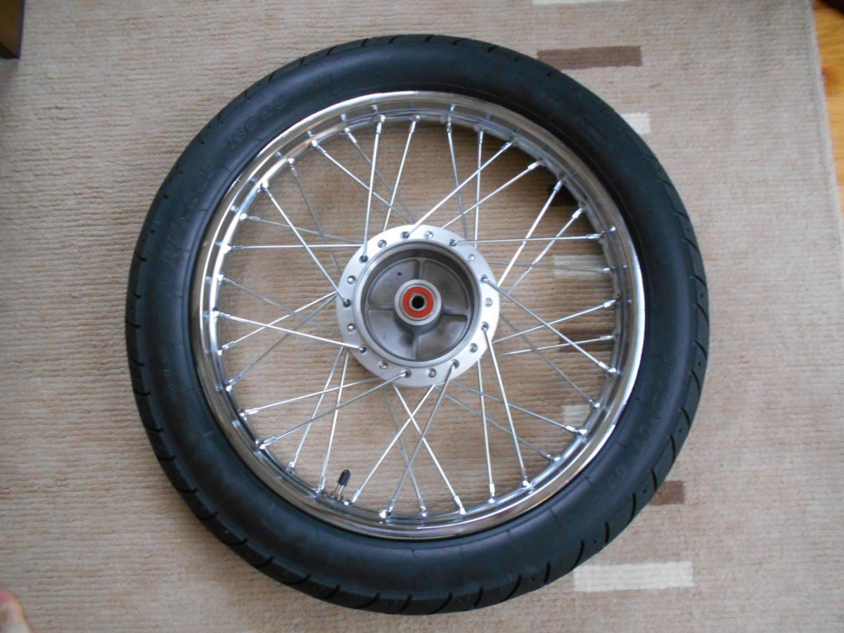 スーパーカブ110 JA10 リアホイール DUNLOP K888 3.00-17 4PR (45P) WTタイヤ。純正より太く、外径が大きい。 _画像3