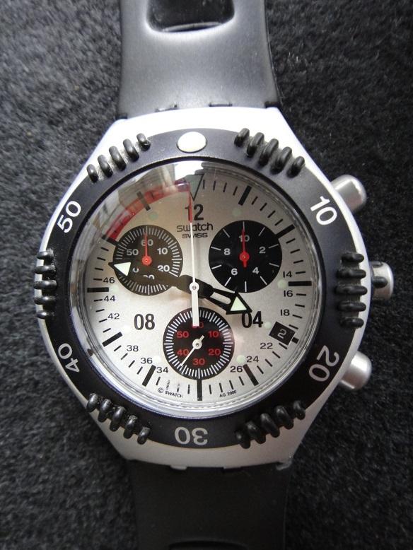 スオッチ 腕時計 ★ Swatch IRONY ALUMINIUM ◆ WATER-RESIST 200m SWISS MADE V8 【中古品】_画像3