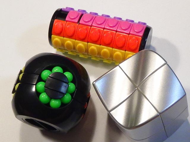 変形 スピード キューブ パズル 貯金箱 難解 チェンジ 色々 セット まとめて 珍しい 特殊 ルービック ⑭ 3個セット_画像1