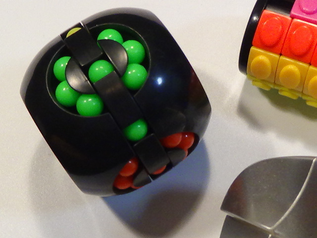 変形 スピード キューブ パズル 貯金箱 難解 チェンジ 色々 セット まとめて 珍しい 特殊 ルービック ⑭ 3個セット_画像6