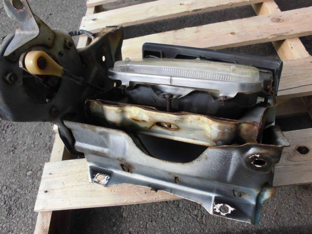 長期保管 AE86 トレノ 前期 L 左側 リトラクタブルヘッドライト 助手席側 前期 リトラボディ ライト付き ライトカバー リトラモーター付き_画像2