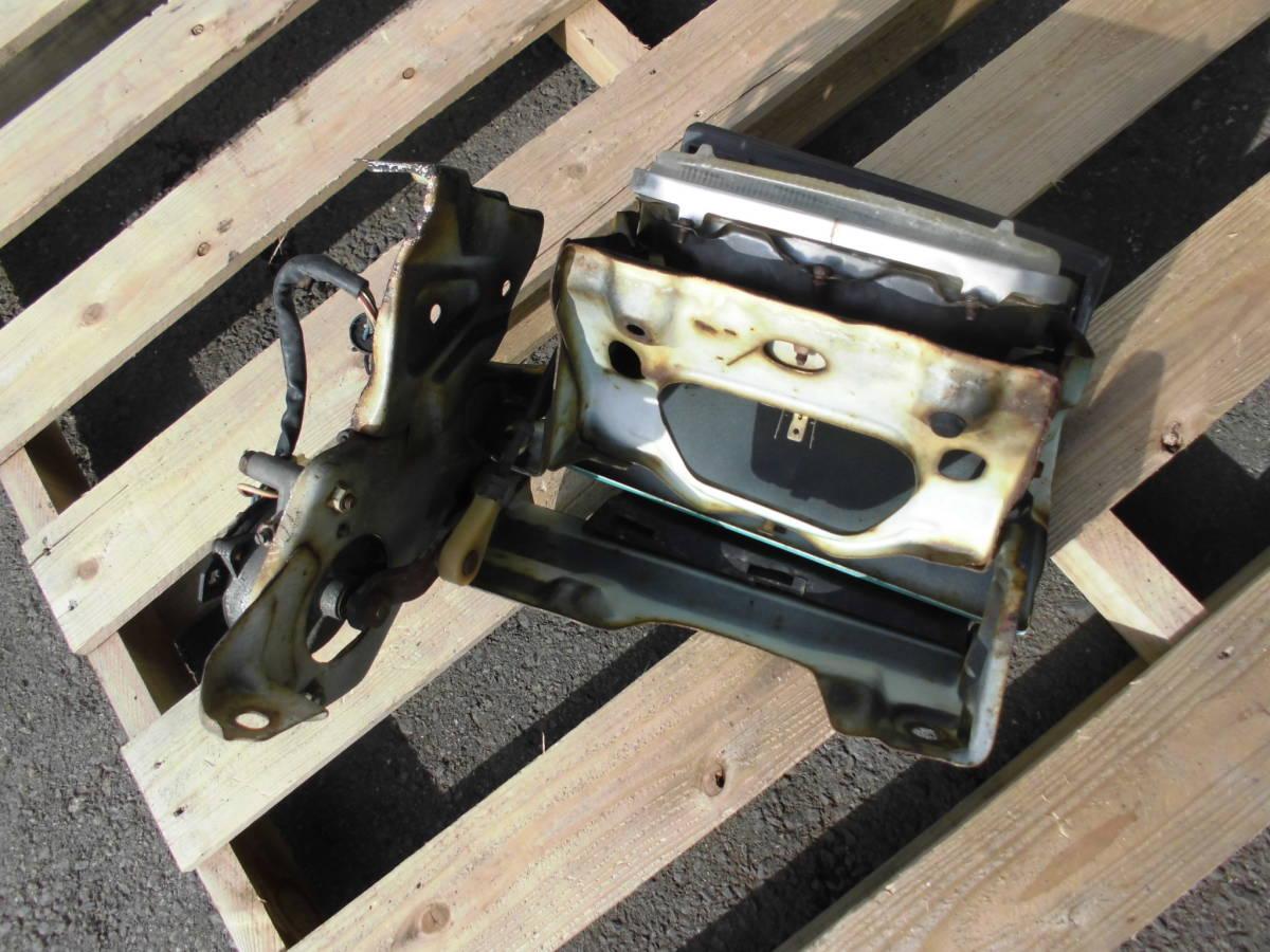 長期保管 AE86 トレノ 前期 L 左側 リトラクタブルヘッドライト 助手席側 前期 リトラボディ ライト付き ライトカバー リトラモーター付き_画像7