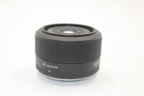 ■新品同様品■シグマ SIGMA 30mm F2.8 EX DN マイクロフォーサーズ用■付属充実■8339_画像3