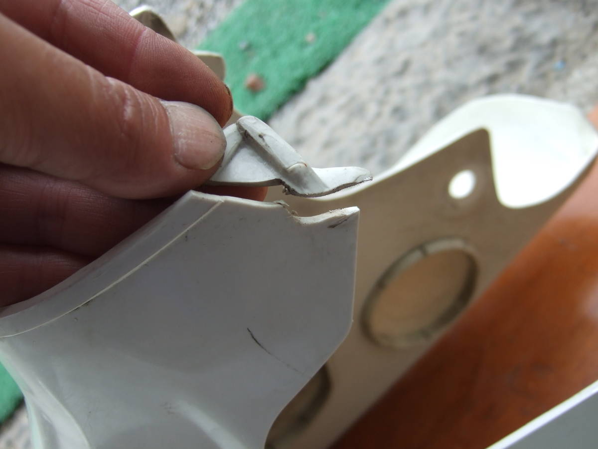 SATU65 カブ50カスタム C50-2115** レッグシールド スーパーカブ50 カスタム セル付カブ 同梱OK_画像2