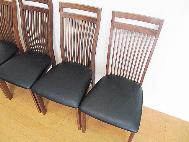 未使用品 九州大川家具 ウォールナット材ダイニングチェア 4脚セット  椅子/チェア_画像4