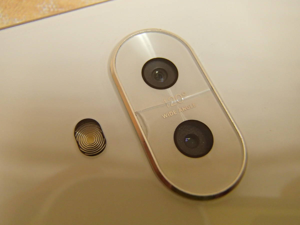 ○ASUS ZenFone 5Q (ZC600KL)ZC600KL-WH64S4 ムーンライトホワイト SIMフリー 訳有○_画像4