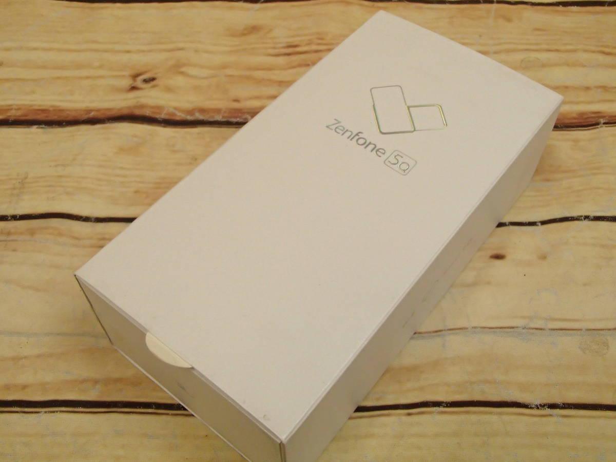 ○ASUS ZenFone 5Q (ZC600KL)ZC600KL-WH64S4 ムーンライトホワイト SIMフリー 訳有○_画像10