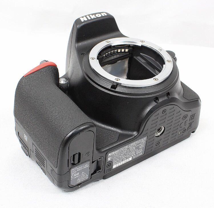 【新品同様】Nikon ニコン D5600 ダブルズーム ケース 総ショット300回未満 ニコンバッグ付き NDフィルター2枚+ステップアップリング付き_画像4