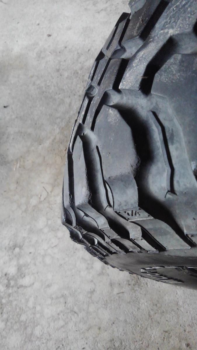BFGoodrich Mud-Terrain マッドテレーン 33×12.5R15LT 4本 ホイールおまけ CENTER LINE 6穴 サファリ等 マッドタイヤ_画像10