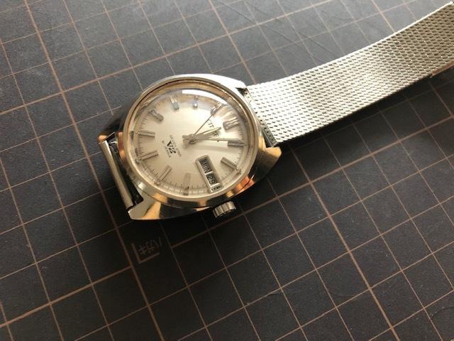 KK678 程度良好 稀少 レア ヴィンテージ CITIZEN/シチズン SEVEN STAR V2 21石 4-720644 デイデイト シルバー文字盤 機械式 メンズ 腕時計_画像4