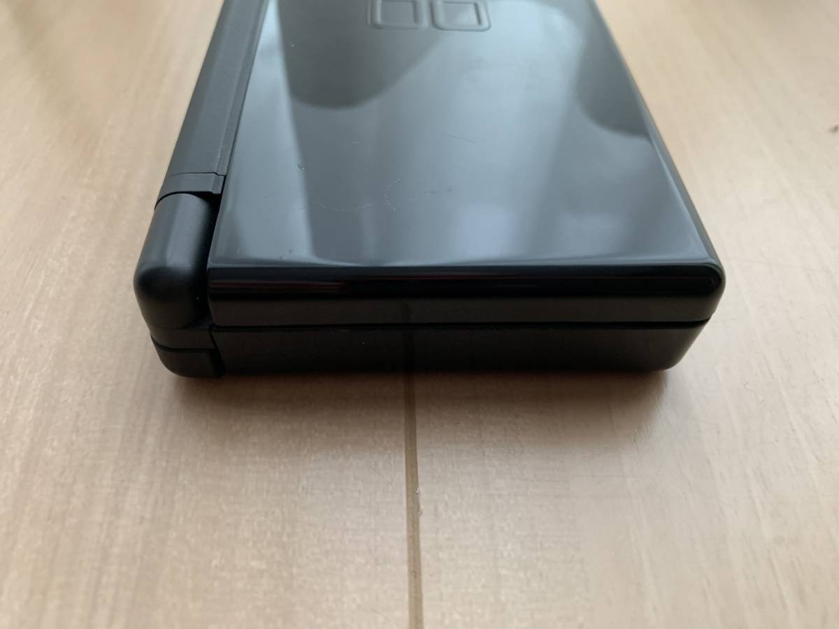 美品 NINTEMDO DS Lite ジェットブラック(JetBlack) _画像4