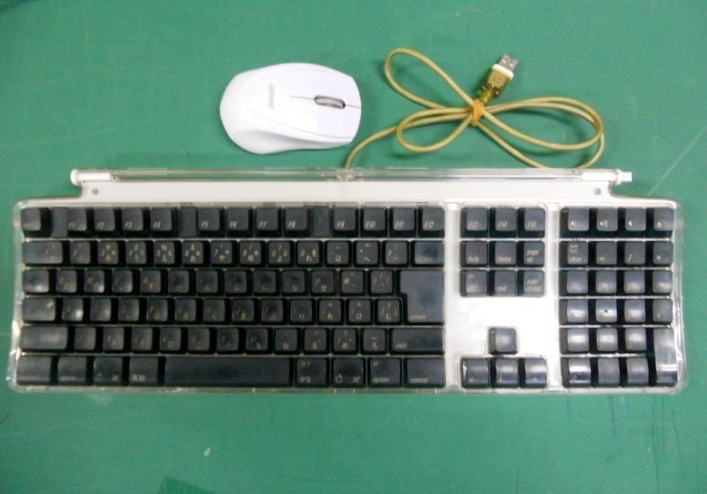 MAC純正キーボード+マウス