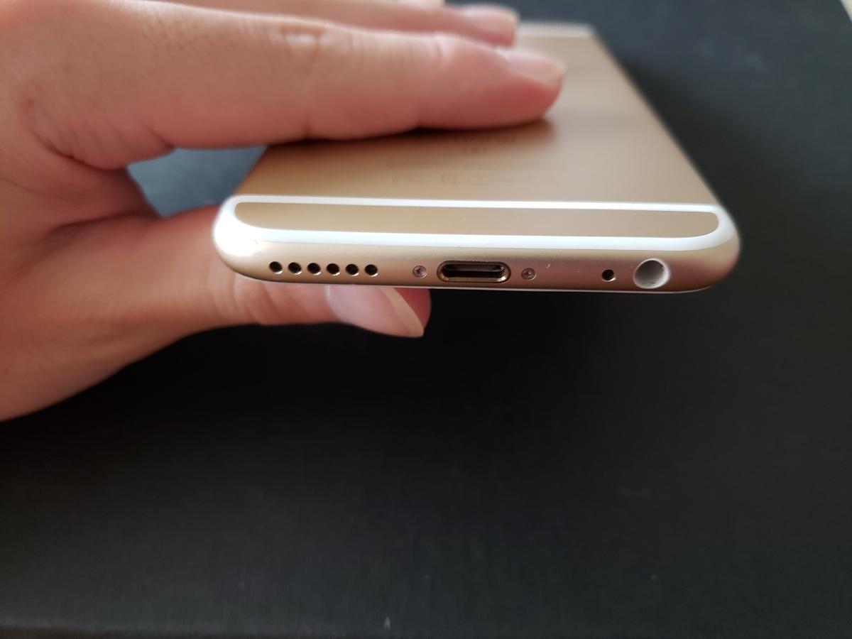美品 simフリー iPhone6s 128GB iOS10.3.2 ゴールド docomo MVNO 格安sim 都内発送 24時間以内発送 送料185円_画像4
