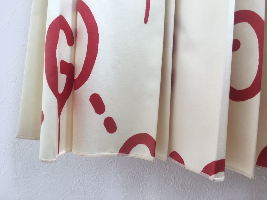 Gucci ) グッチ 超貴重 ゴースト 柄 シルク プリーツスカート IT38 白 ホワイト 赤 ロゴ