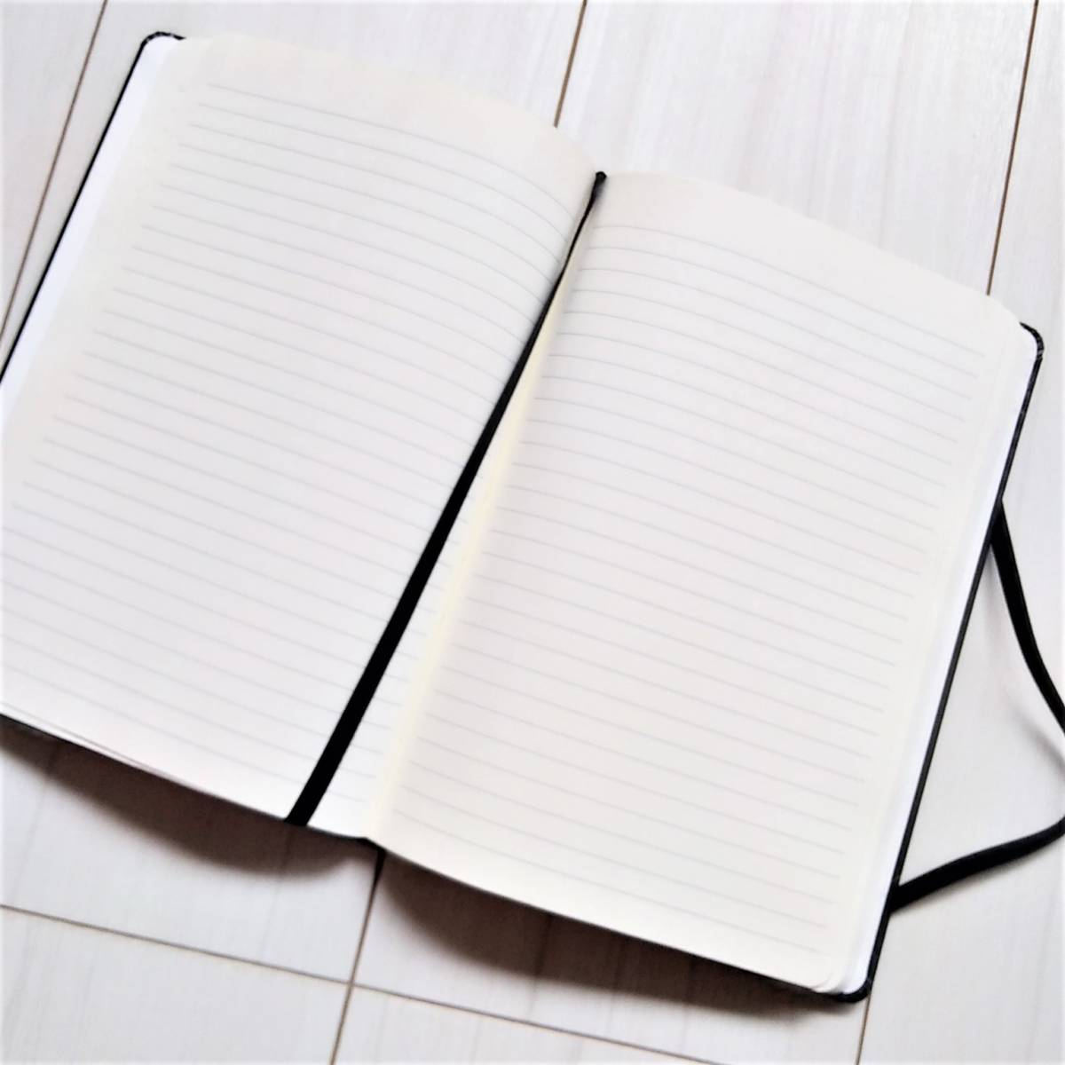 新品★モレスキンノートを含む A5 バンド付きノート3冊&ペン1本セット_画像6