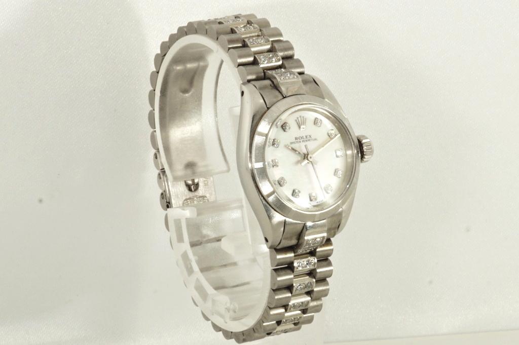 ロレックス ROLEX OYSTER PERPETUAL ホワイトシェル 自動巻き式腕時計 オーバーホール済 動作良し レディース_画像7