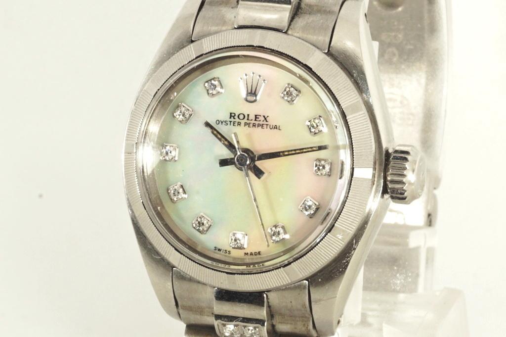 ロレックス ROLEX OYSTER PERPETUAL ホワイトシェル 自動巻き式腕時計 オーバーホール済 動作良し レディース