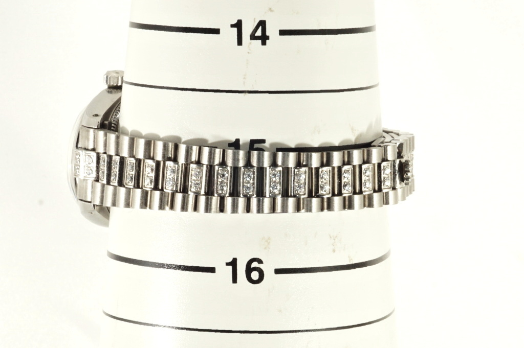 ロレックス ROLEX OYSTER PERPETUAL ホワイトシェル 自動巻き式腕時計 オーバーホール済 動作良し レディース_画像10