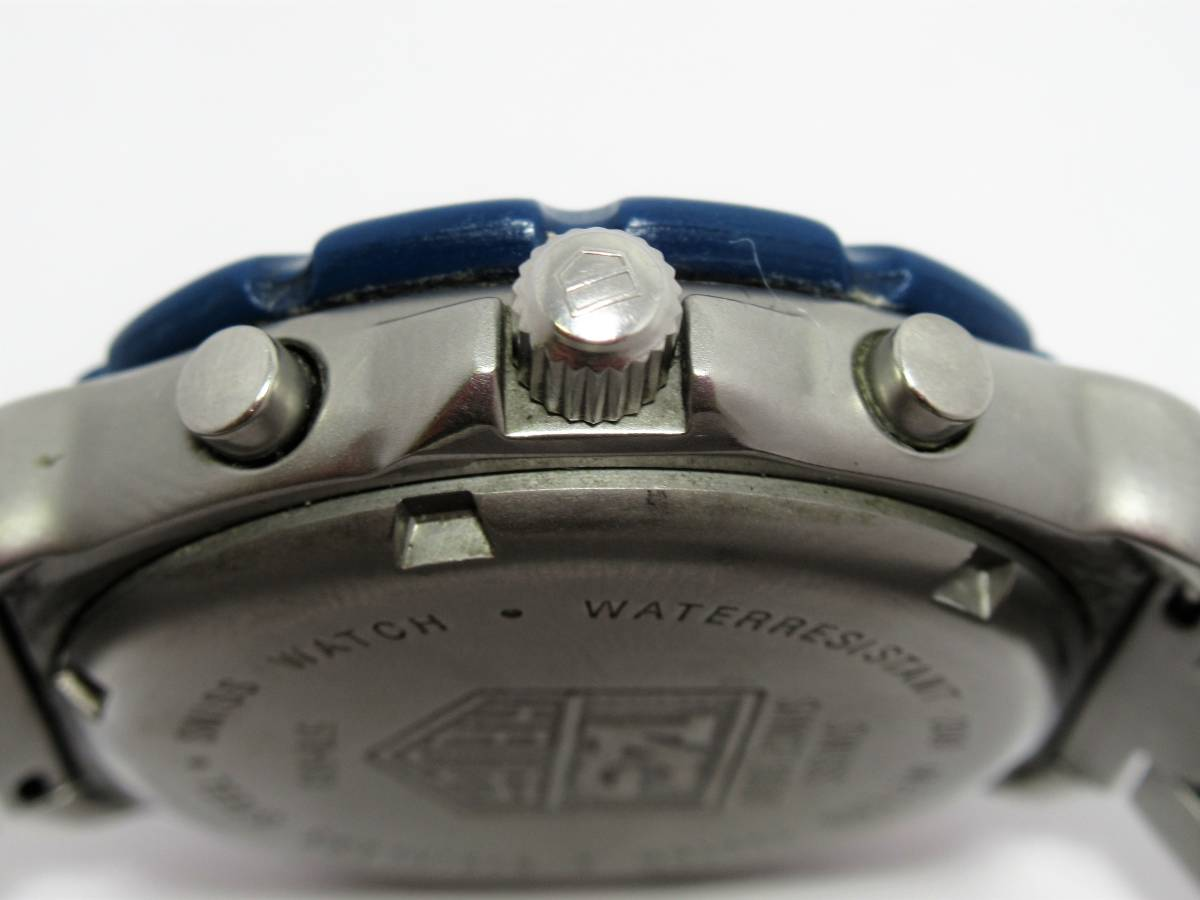 W7756 タグホイヤー フォーミュラ1 570.513 クロノグラフ デイト メンズ クォーツ ラウンド 腕時計_画像3