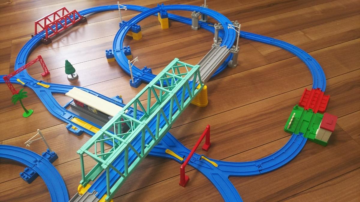 プラレールレイアウト Wループに大鉄橋など 情景いろいろセット_画像6