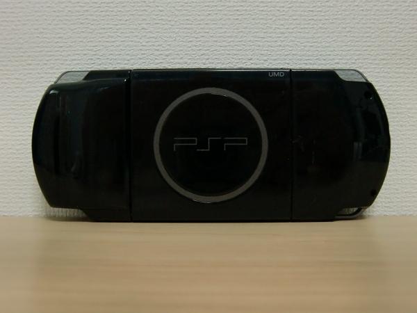 SONY PSP-3000 ピアノ・ブラック(グランツーリスモ仕様) 完動品 大容量バッテリーカバー付き 付属品有り クリックポスト可(Y)_画像2