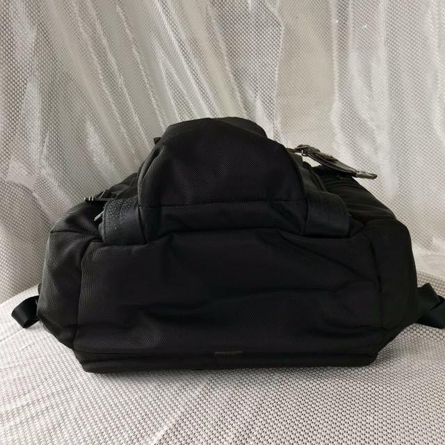【良品・保証残有り】TUMI アルファ ブラボー 大型ビジネスリュック 22382HKH 国内正規品 ☆スーツケースへのキャリーオン可能☆_画像5