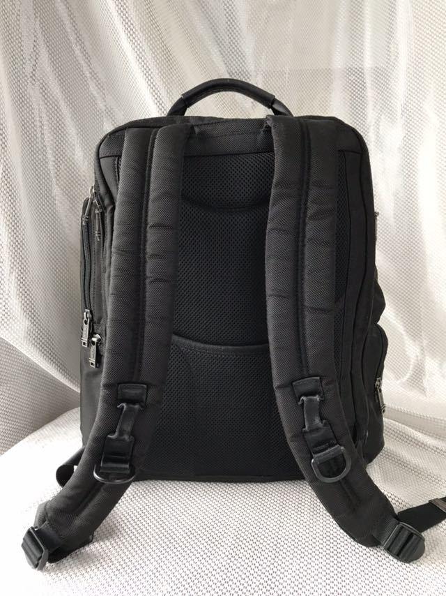 【良品・保証残有り】TUMI アルファ ブラボー 大型ビジネスリュック 22382HKH 国内正規品 ☆スーツケースへのキャリーオン可能☆_画像4