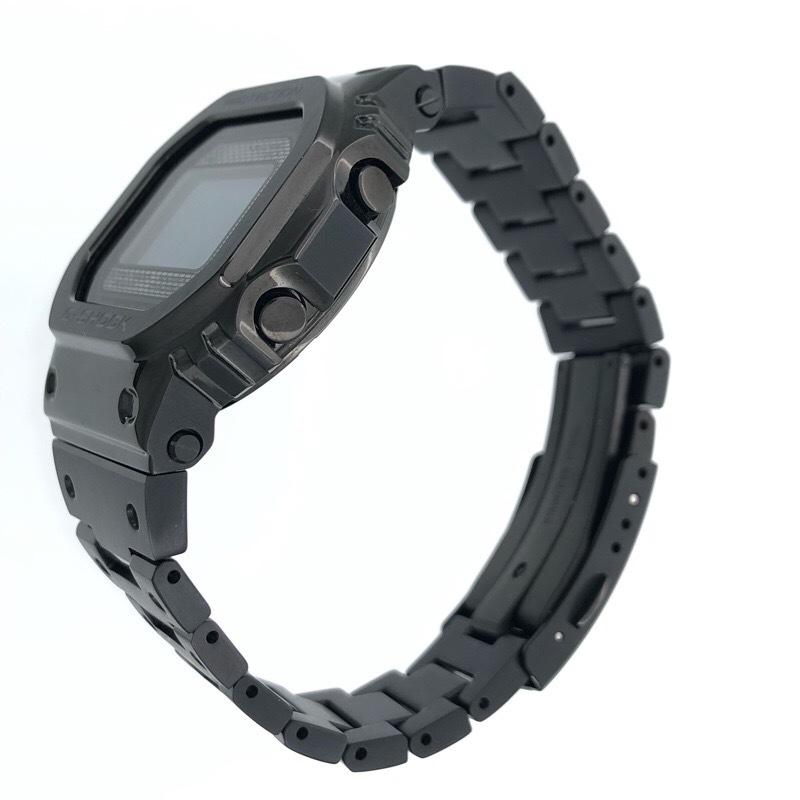 新品同様 CASIO カシオ G-SHOCK GMW-B5000GD-1JF ブラック メタル ソーラー Bluetooth 腕時計_画像2