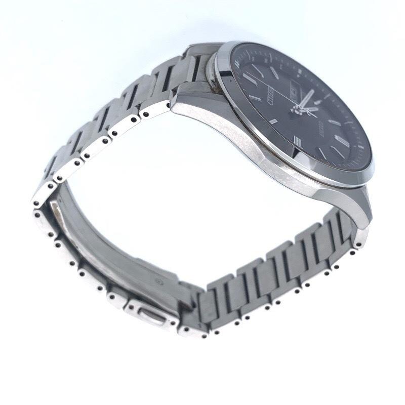 美品  シチズン エクシード AT6000-52E ソーラー電波 メンズ ブラック 腕時計_画像3