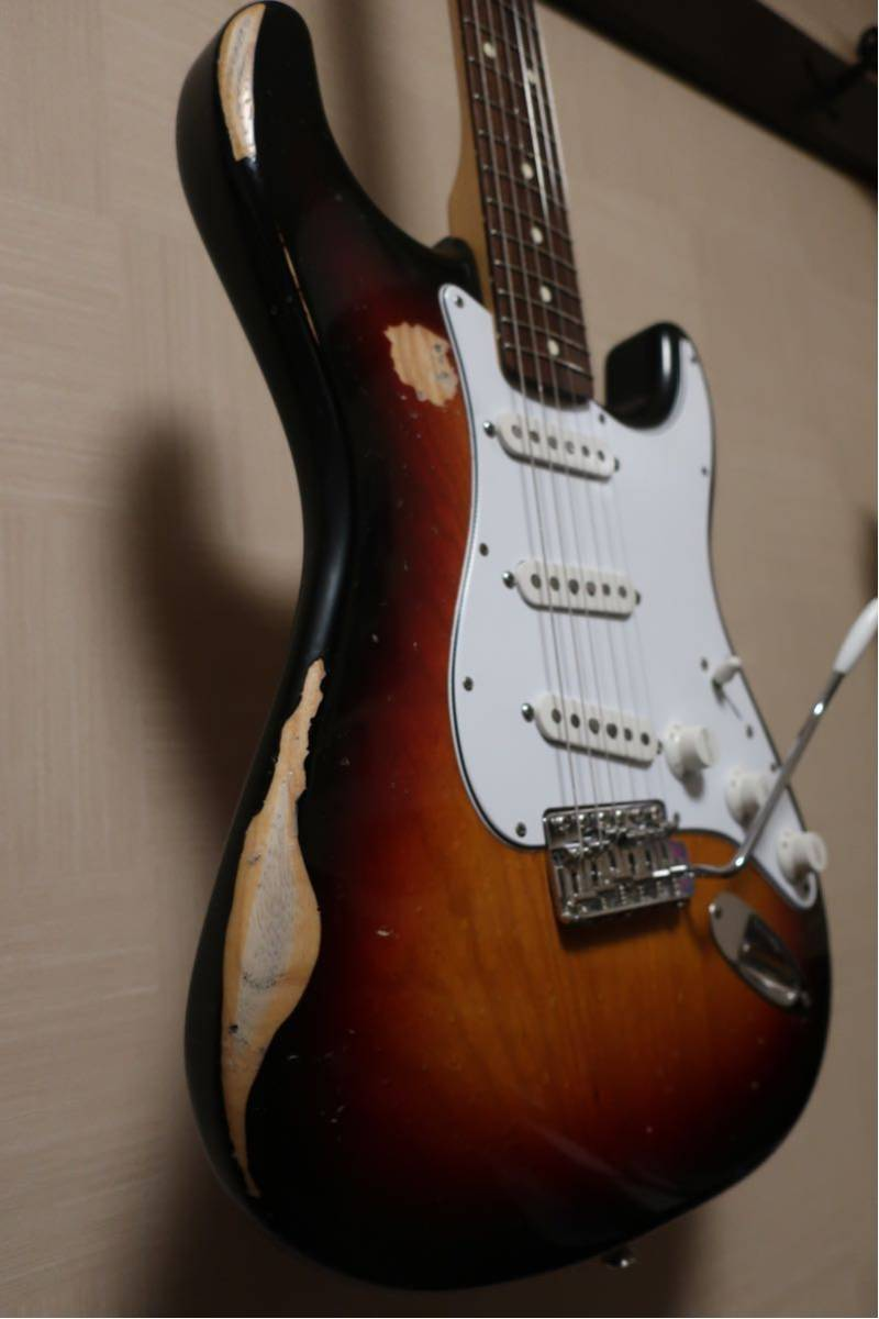 【RELIC】Fender Mexico Classic 70s Stratocaster 3CS/R 手巻きVooDooピックアップ +EMERSON CUSTOM ヴィンテージハードケース付き_画像6
