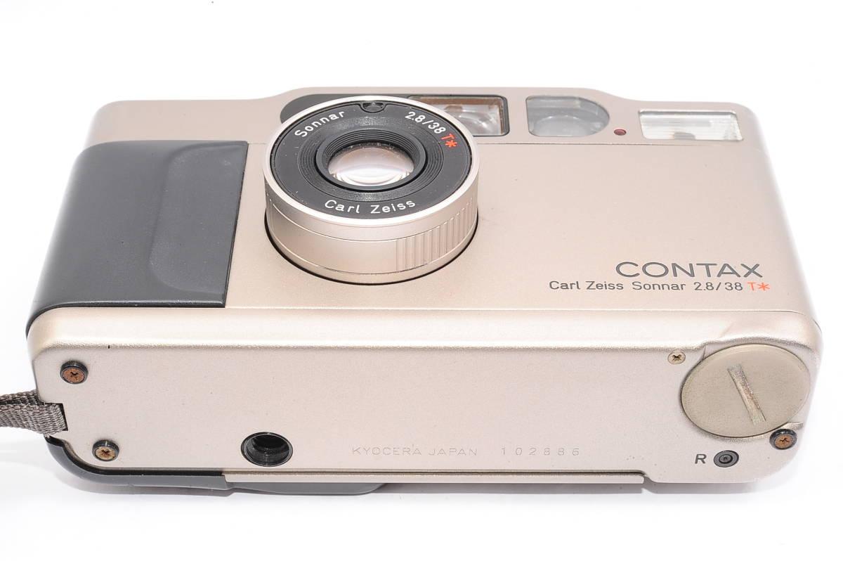 コンタックス CONTAX T2 ゾナー 38mm F2.8 T* データバック(DATA BACK) コンパクトフィルムカメラ + 専用ストラップ付き [102885]_画像4