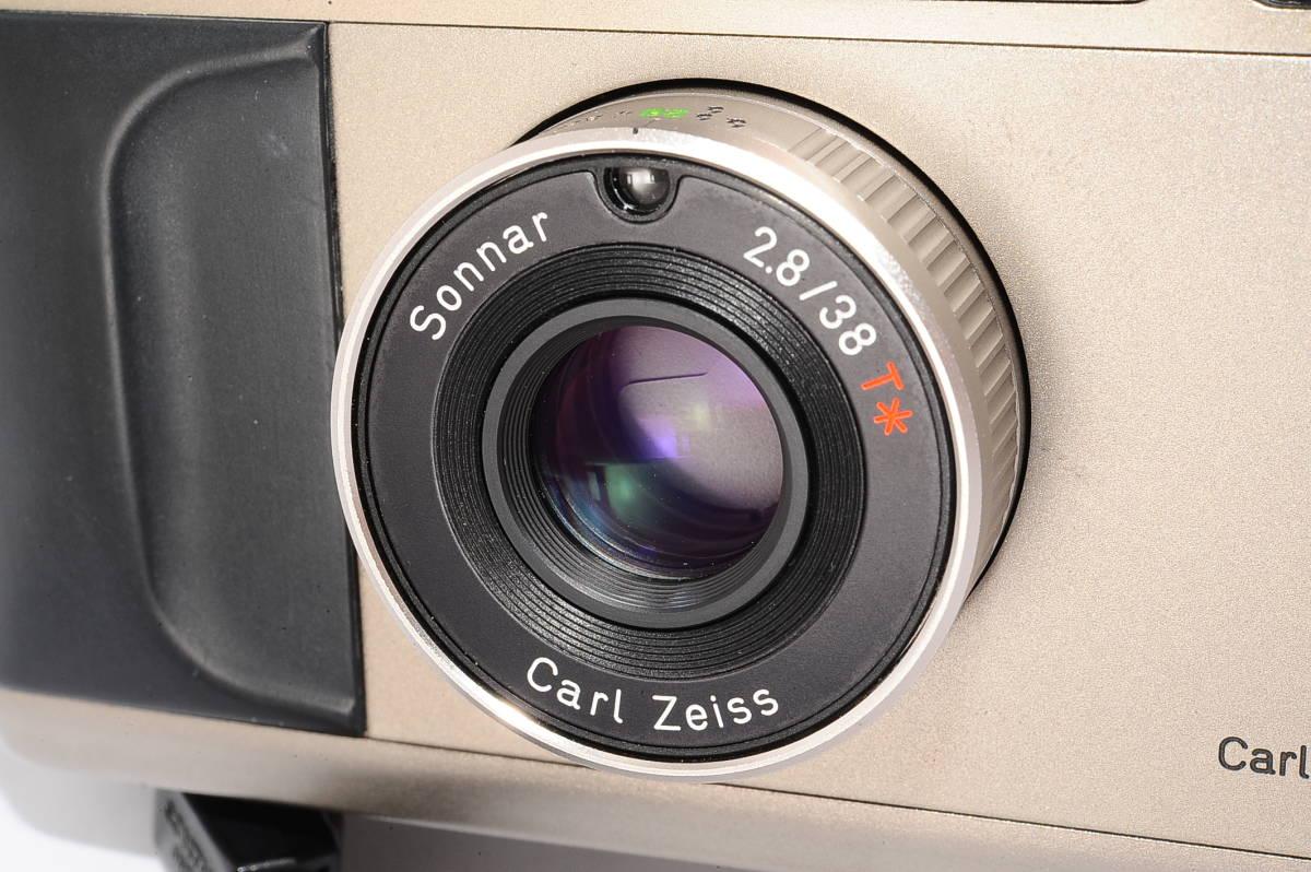 コンタックス CONTAX T2 ゾナー 38mm F2.8 T* データバック(DATA BACK) コンパクトフィルムカメラ + 専用ストラップ付き [102885]_画像7