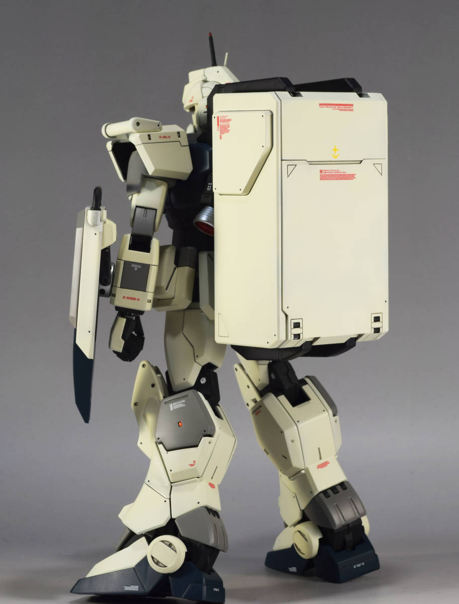 MG 1/100『 RX-79[G] ガンダム Ez8 』完成品 機動戦士ガンダム Ez8 08MS小隊 陸戦型ガンダム_画像10