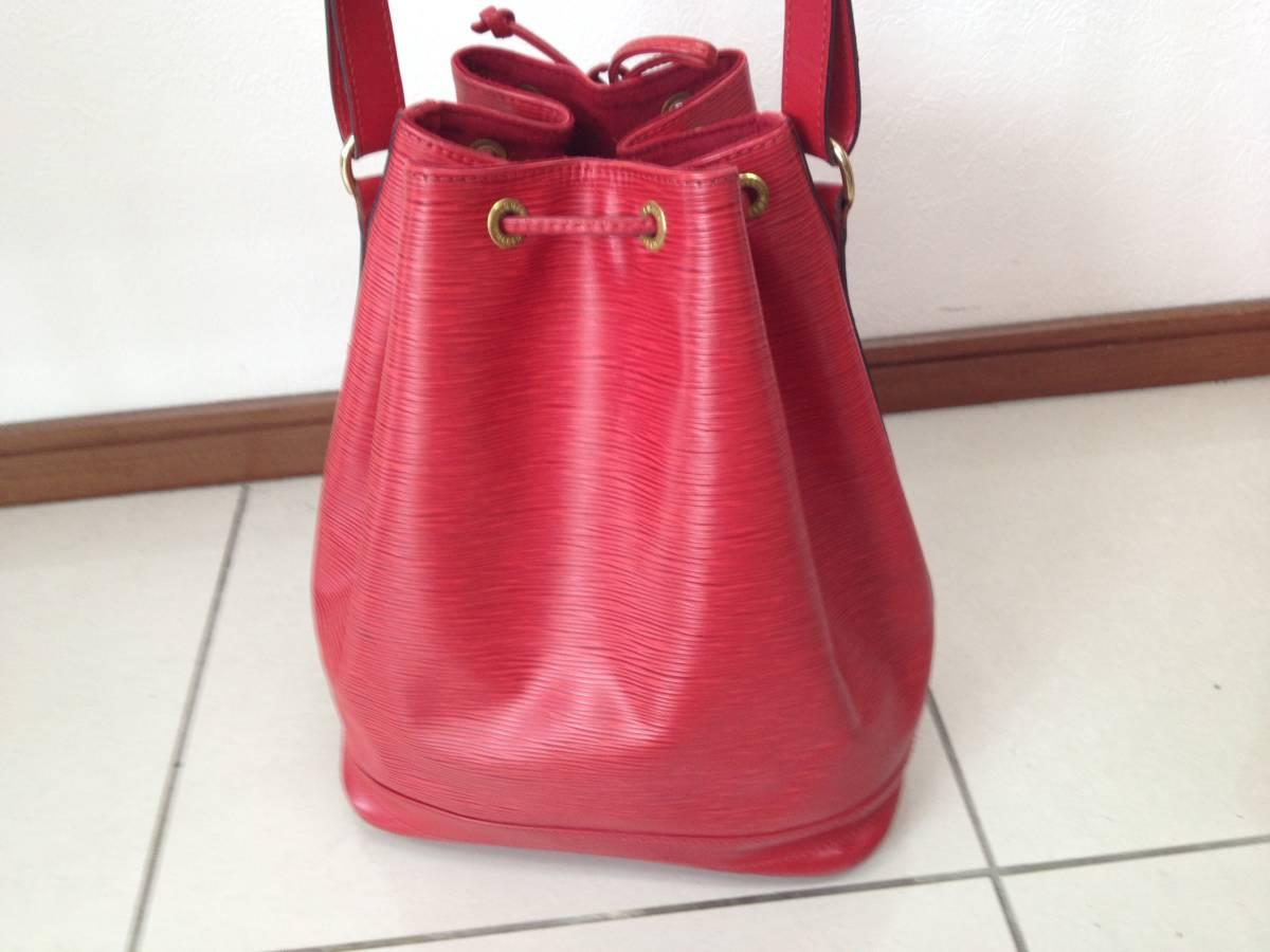 ●ヴィトン エピ ノエ ショルダーバッグ 赤 M44007●VUITTON 鞄 美品_画像3