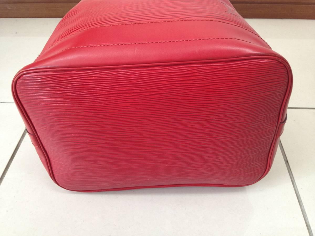 ●ヴィトン エピ ノエ ショルダーバッグ 赤 M44007●VUITTON 鞄 美品_画像4