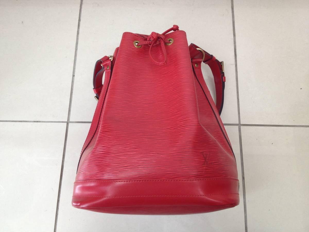 ●ヴィトン エピ ノエ ショルダーバッグ 赤 M44007●VUITTON 鞄 美品_画像6