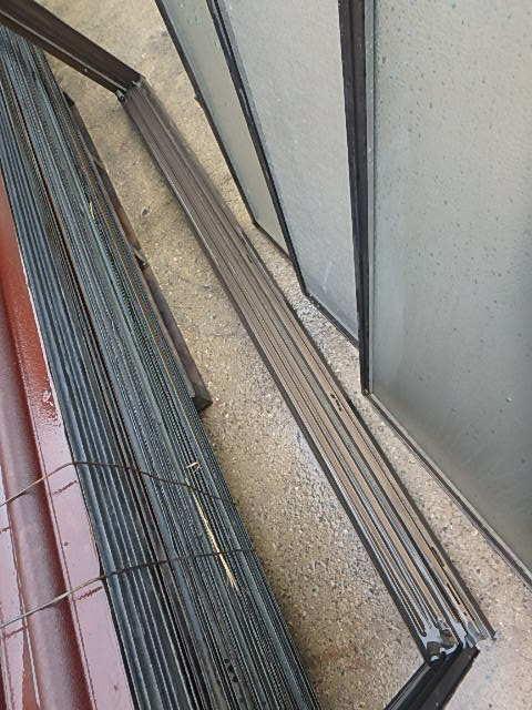 070907アルミサッシ引き違い腰窓 網戸付明り取り換気通風窓 西2_画像5