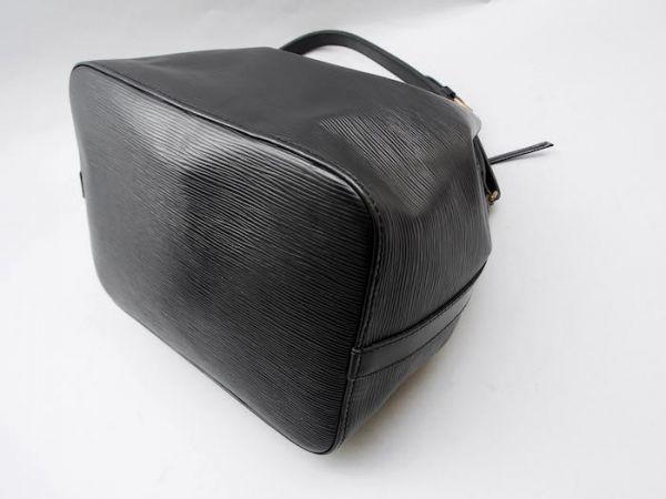 ■【使用わずか】ルイヴィトン Louis Vuitton エピ プチノエ 極美品 ショルダーバッグ ノワール 定価約13万_画像8