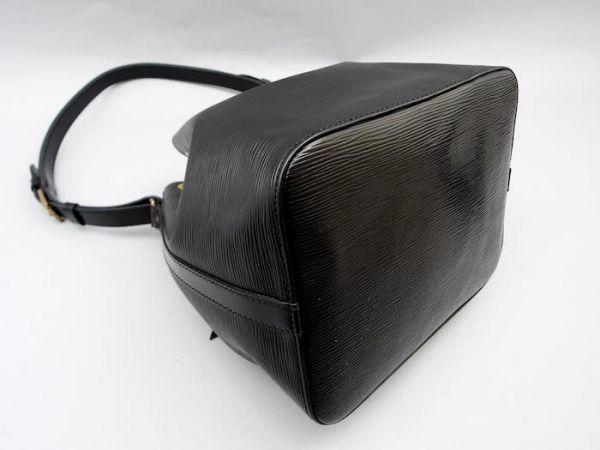 ■【使用わずか】ルイヴィトン Louis Vuitton エピ プチノエ 極美品 ショルダーバッグ ノワール 定価約13万_画像7