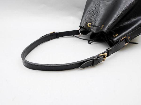 ■【使用わずか】ルイヴィトン Louis Vuitton エピ プチノエ 極美品 ショルダーバッグ ノワール 定価約13万_画像5